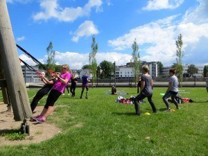 Bootcamp meets Yoga Schlingentrainer